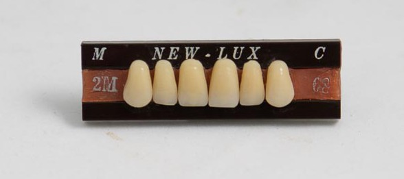 New-Lux teeth sample