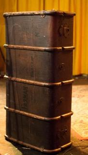 Canvas/wood luggage/trunk